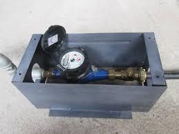 dùng hộp bảo vệ đồng hồ nước làm giảm hiện tượng ăn cắp đồng hồ nước
